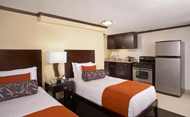 Waikiki Accommodations | Aqua Bamboo Waikiki | Aqua-Aston Hotels
