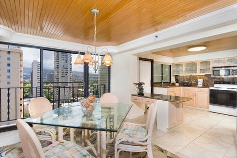 No Hassle Systems In Dining Rooms Examined