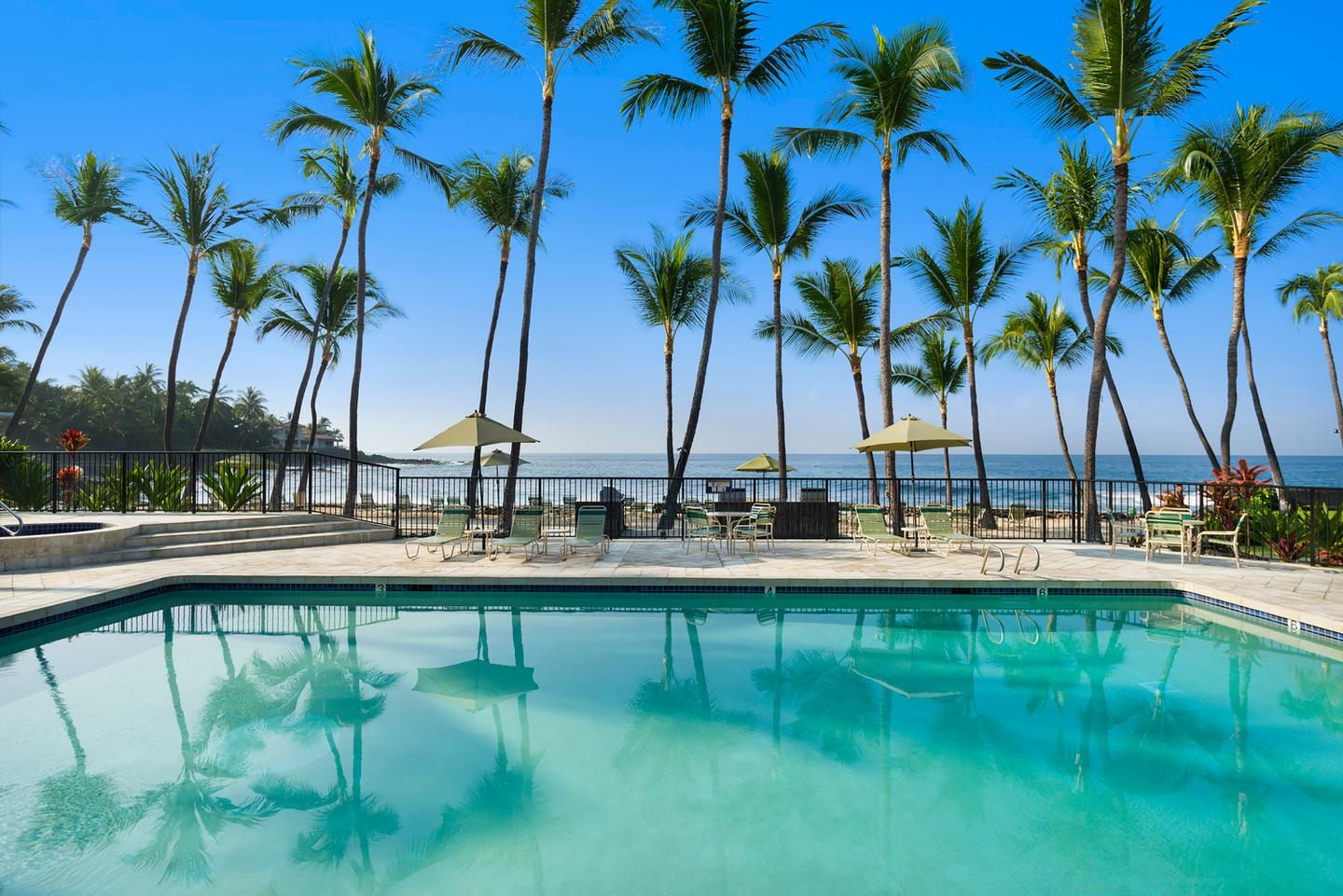 Kona Hawaii Hotels Aston By The