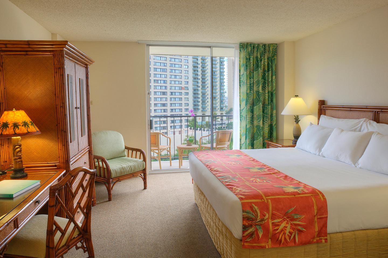 Luana Waikiki Hotel