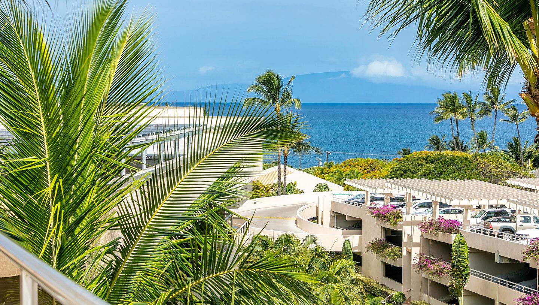 maui hotel rooms for aston at the maui banyan. Black Bedroom Furniture Sets. Home Design Ideas