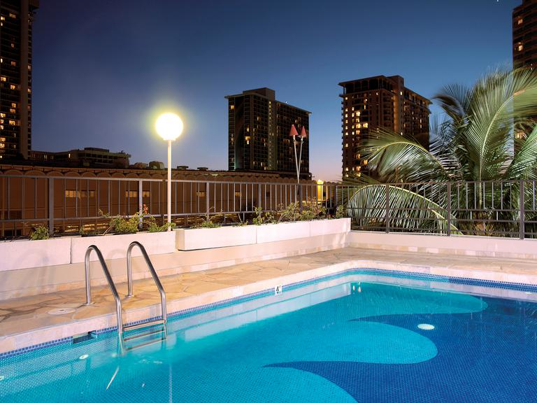 Aqua Palms Waikiki Amenities Pool