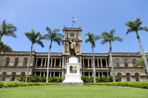 oahu-only-in-hawaii-iolani-palace-480x320.jpg